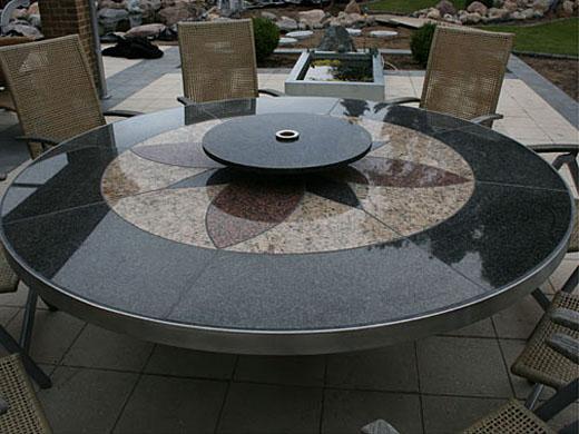 Wagner granit: elegant havebord i beton og granit med drejebord på ...