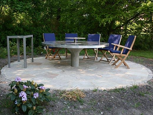 Wagner granit: granitbord ø 195 cm med sort, gul og gød granit 3