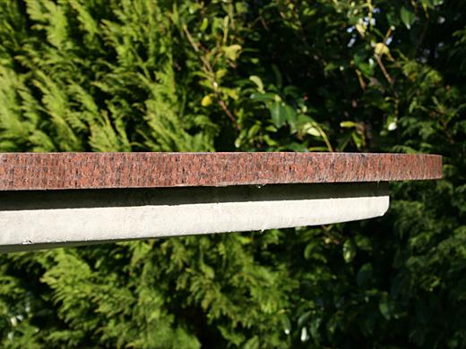 Wagner granit: granit bord xl med rustik granitkant 30mm